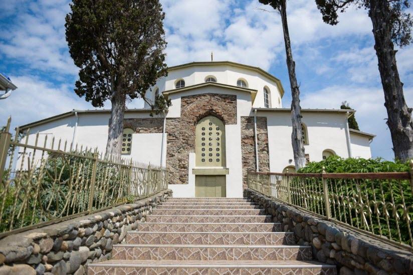 Успенский собор Драндского монастыря