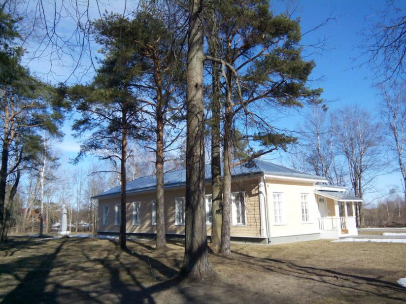Здание офицерского собрания