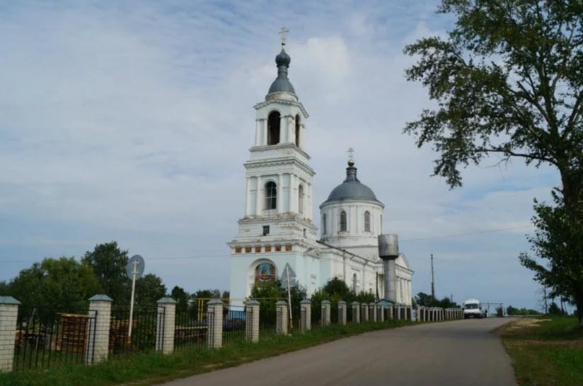 Храм Успения Богородицы в селе Суворово