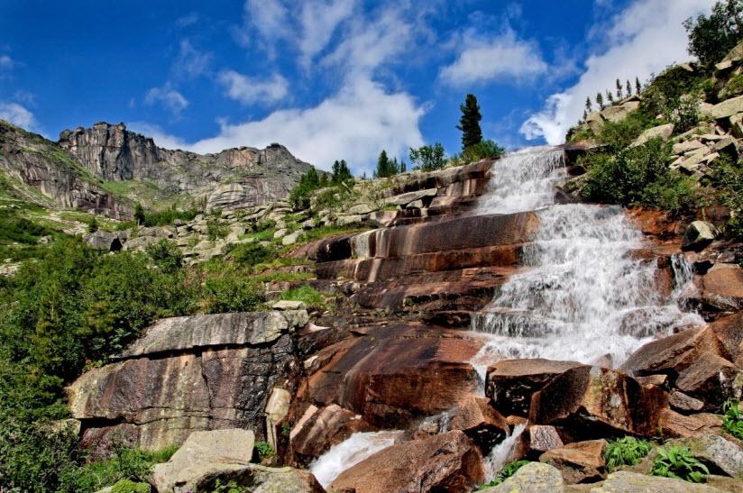 Мраморный водопад