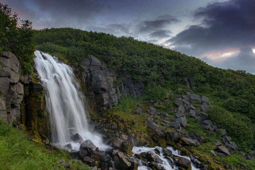Спокойный водопад