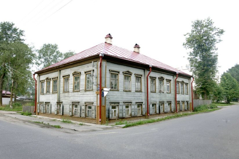 Дом Мещанина Блохина