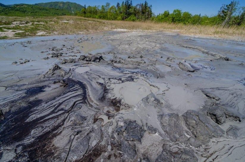 Грязевой вулкан Южно-Сахалинский