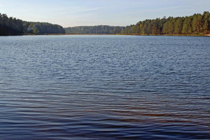 Озеро Омчино