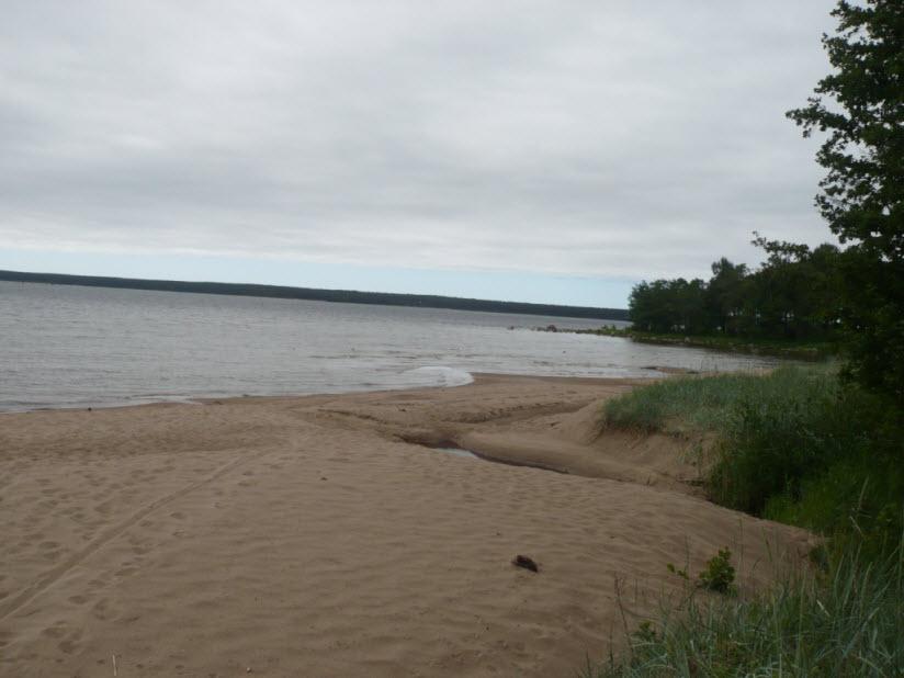 пляж в Приморске