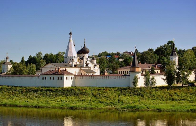 фото Старицкого монастыря
