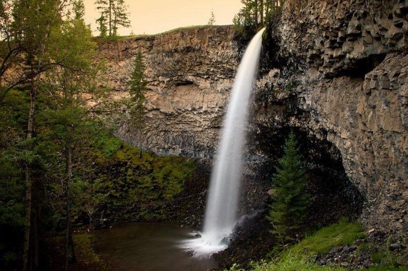 Водопад «Малый Жомболок»