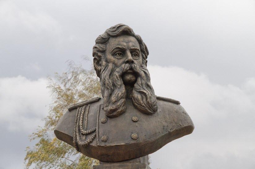 Бюст А.П. Бобринского
