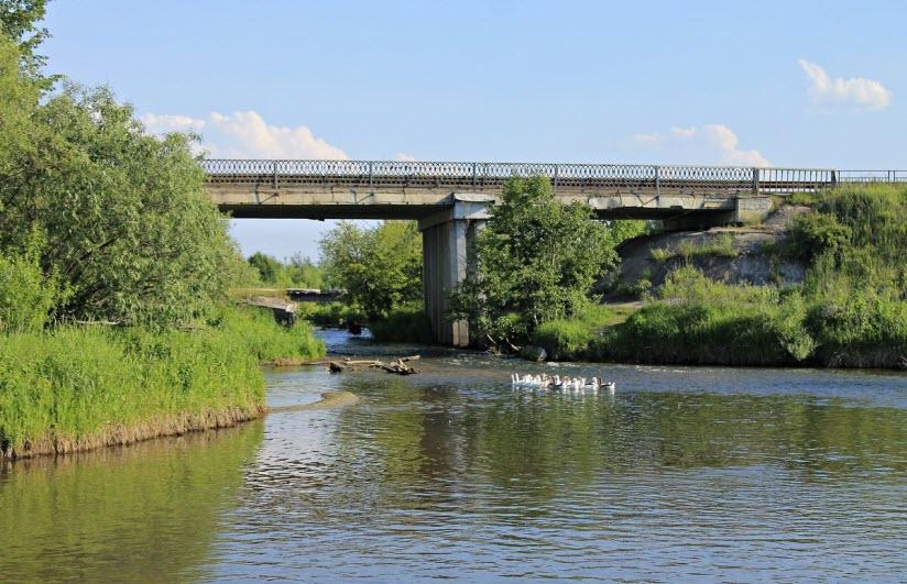 Мост и набережная