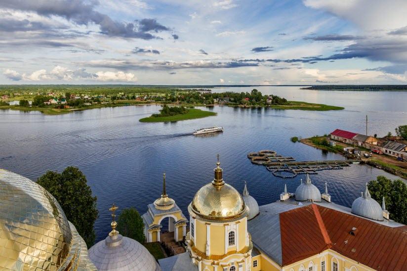 Остров Столобный