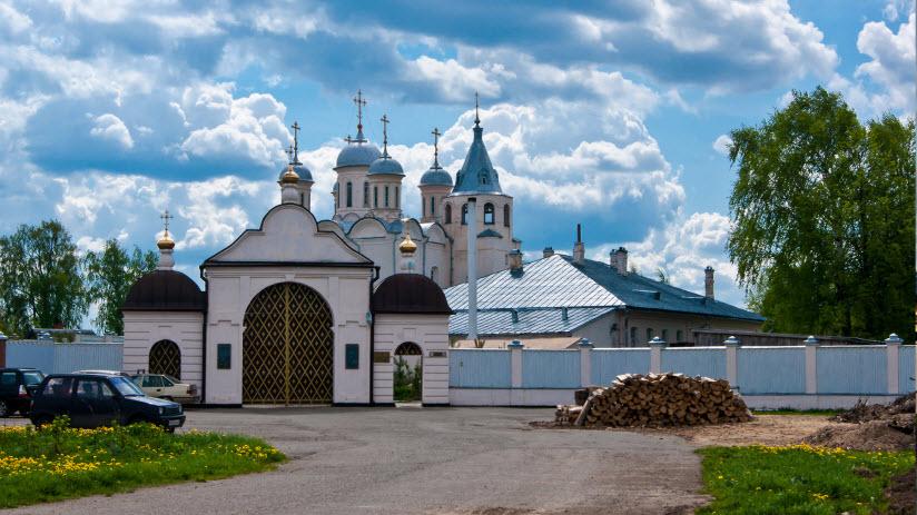 Успенский Паисиево-Галичский монастырь