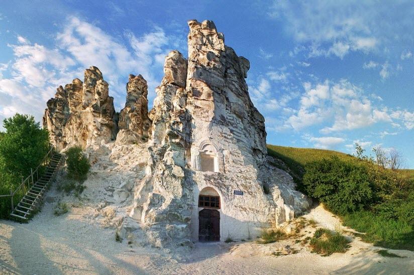 Архитектурно-археологический заповедник «Дивногорье»