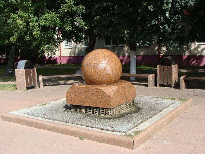 Плавающий шар