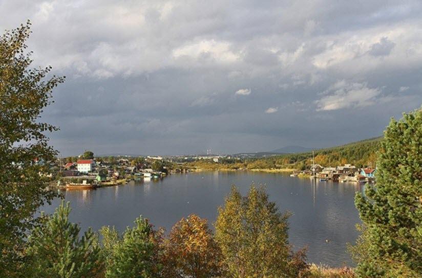 Устье реки Нива