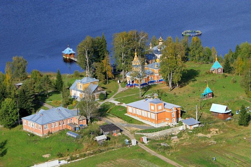 Важеозёрский мужской монастырь