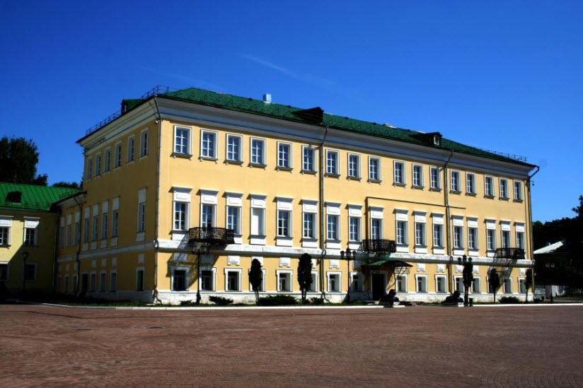 Дом Баташевых