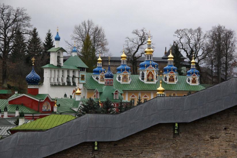 Успенский Псковско-Печерский монастырь