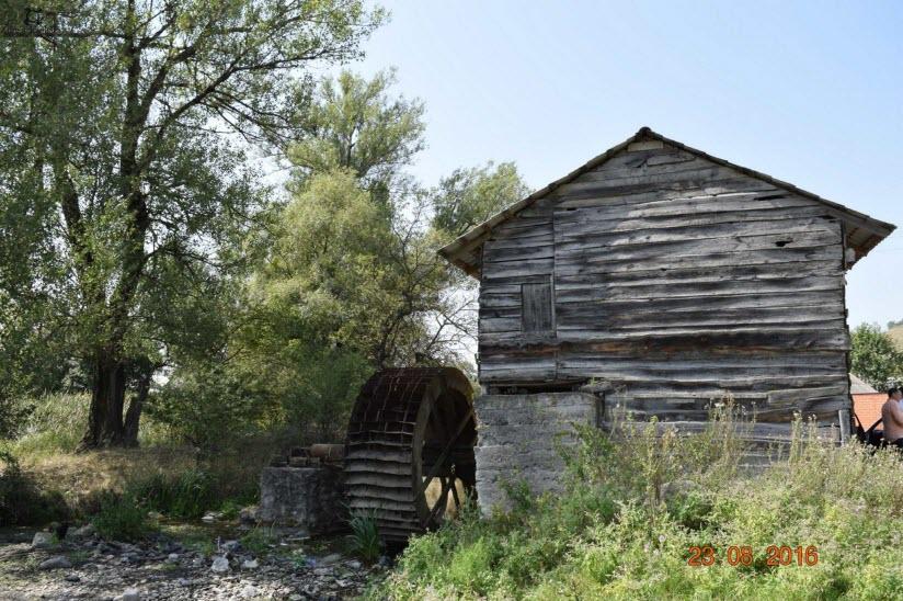 Барсукинская водяная мельница