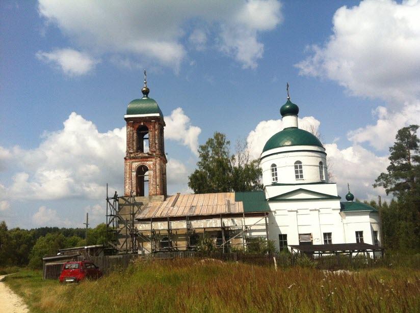 Никольская церковь в Овчинино