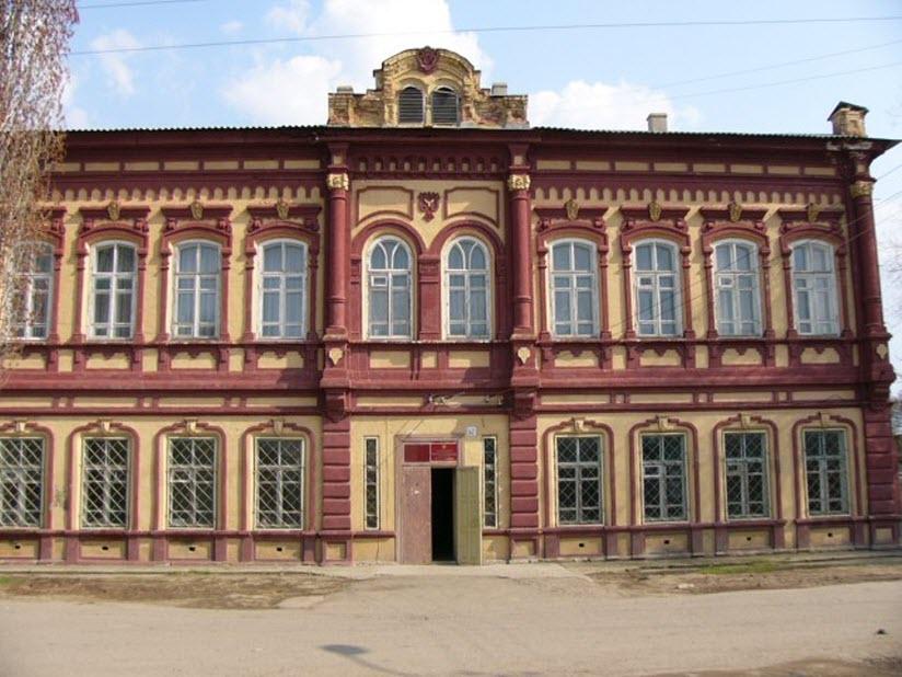 Здание Камышинского духовного училища