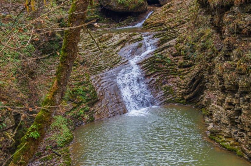 Водопад «Каскадный»