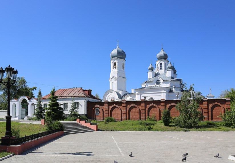 Дмитриевская площадь