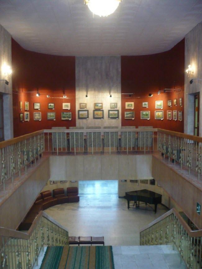 Картинная галерея «М»