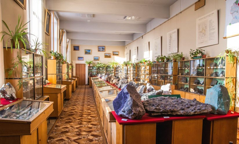 Музей геологии и минералогии