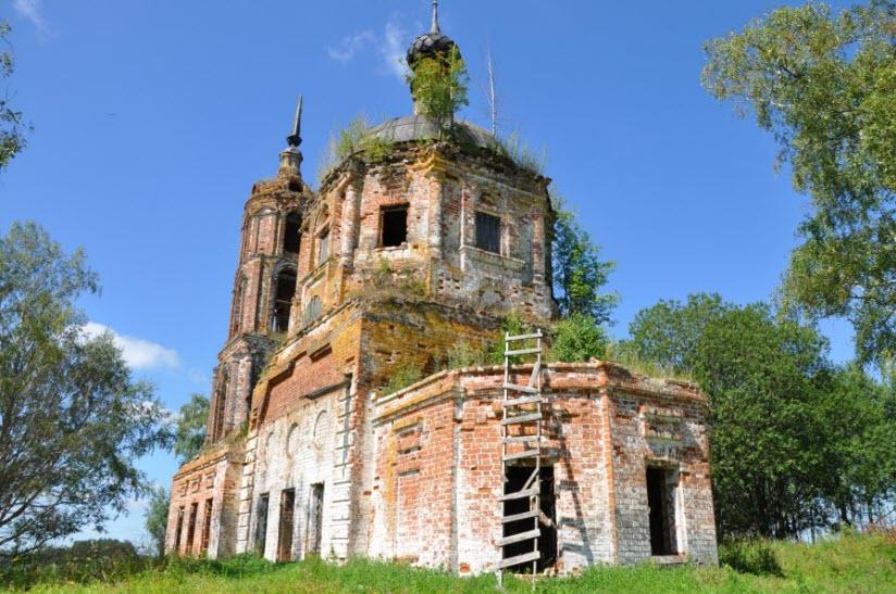 Заброшенная церковь в Озерках