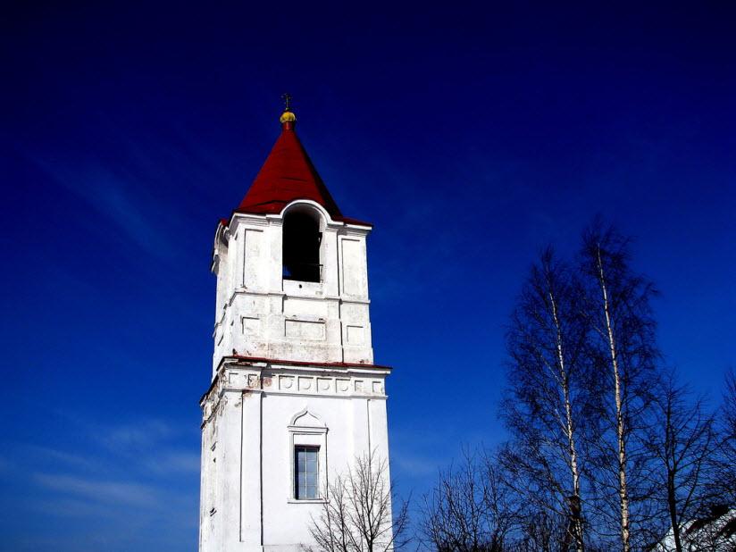Колокольня Рождественского собора