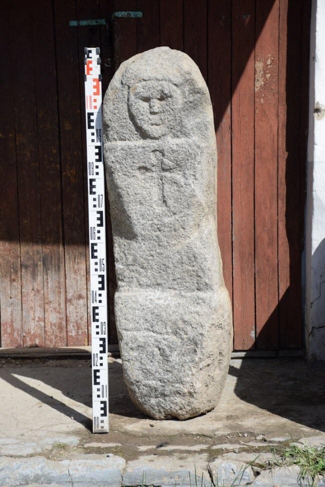 Каменный баба