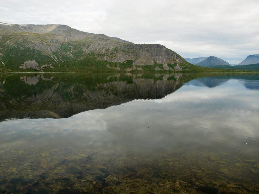 Озеро Большой Вудъявр