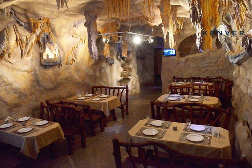 Кафе «Пещера»