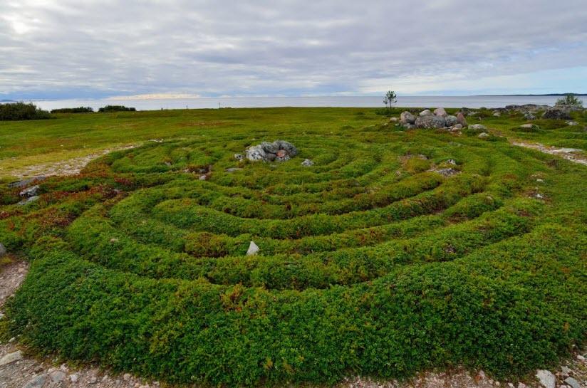 Лабиринты на острове Большой Заяцкий