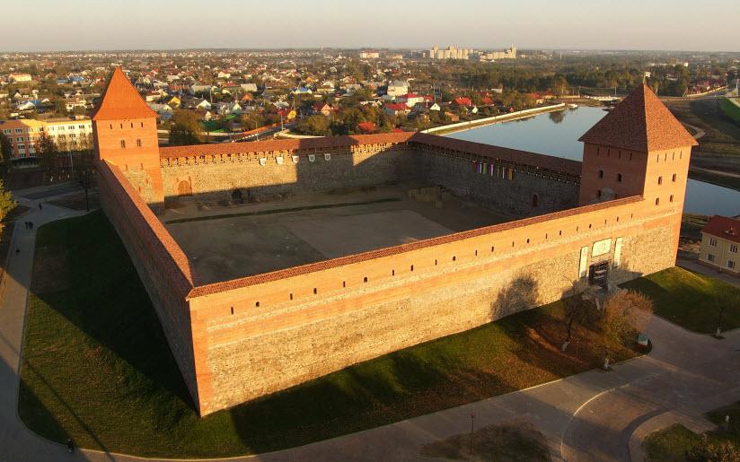 Лидский замок князя Гедимина