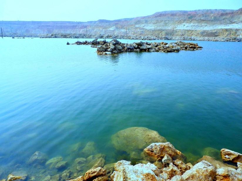 Мраморное озеро