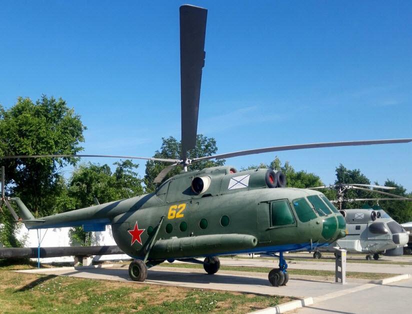 Музей-сквер военной техники