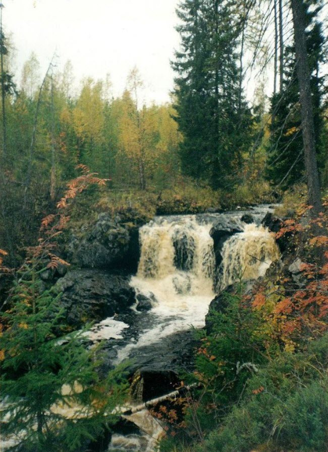 Водопад на реке Нижний Иг