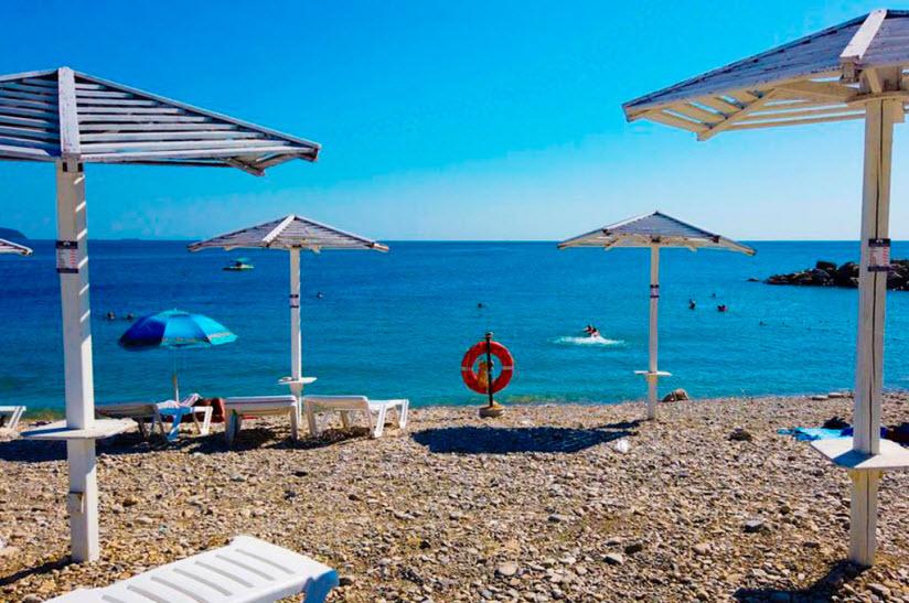 Пляж отеля «Морской клуб»
