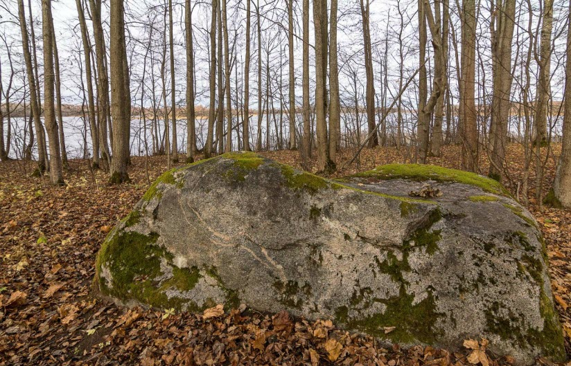 Шаман-камень