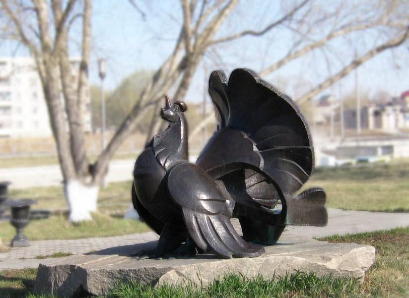Скульптура «Глухарь»
