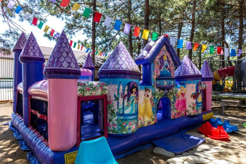 Детский парк при ЛОК «Солнечная»