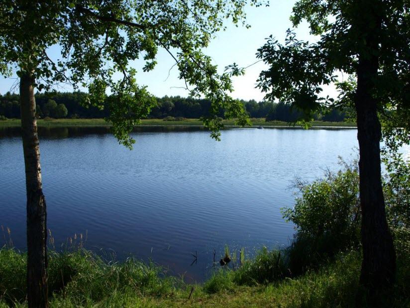 Озеро Холуново