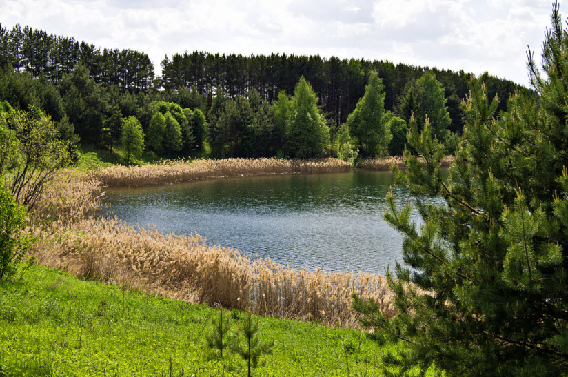 Озеро Лежнинское