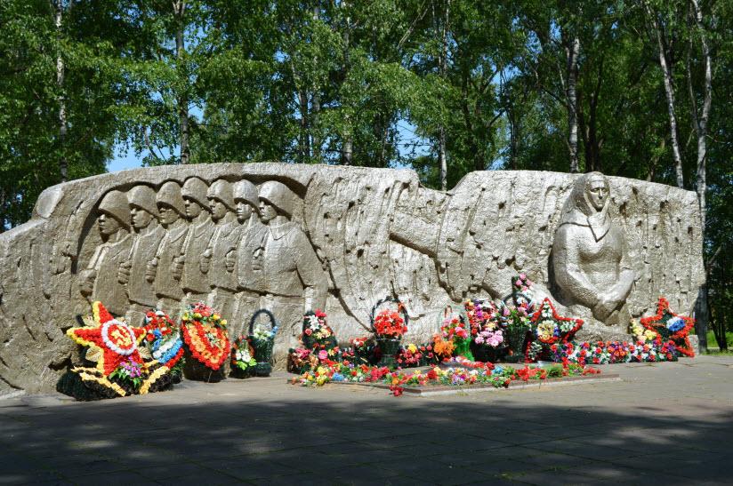 Памятник «Братьям Королёвым»
