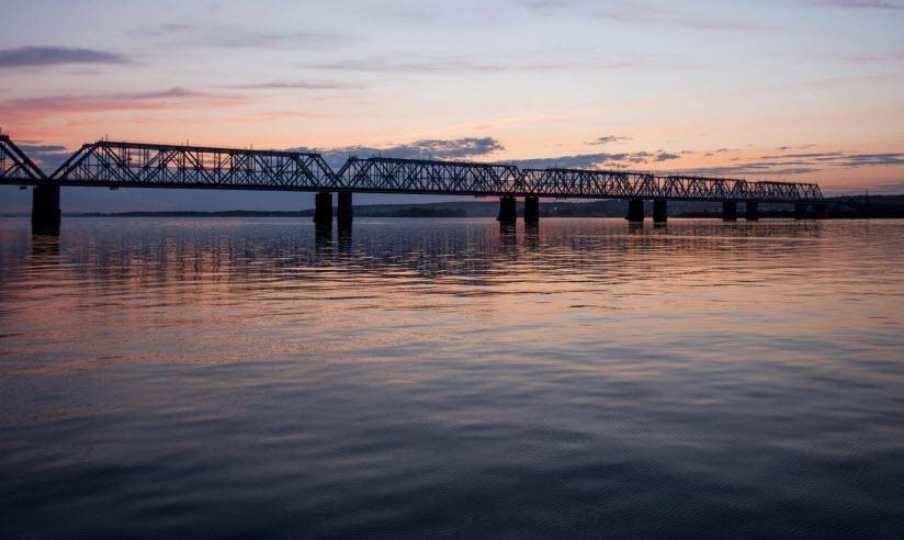 Романовский мост