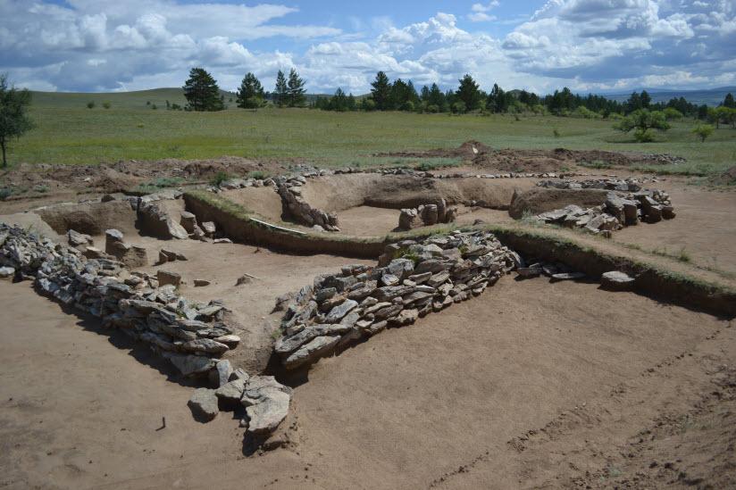 Хуннские могильники в Оргойтон