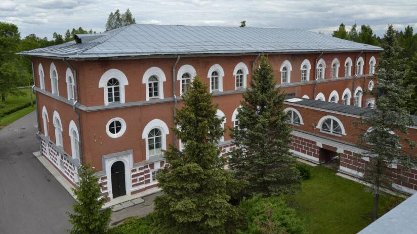 Лисинский лесной колледж