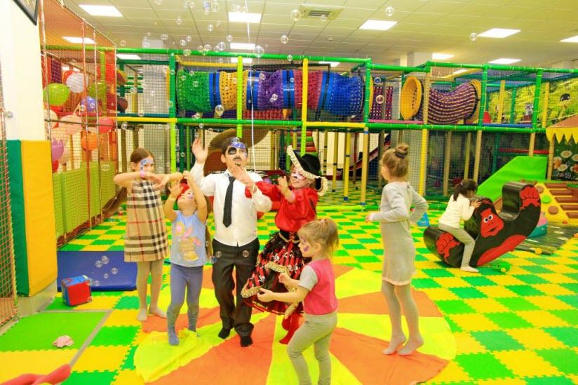 В Адлере с детьми: 28 мест, куда сходить с ребенком и где погулять