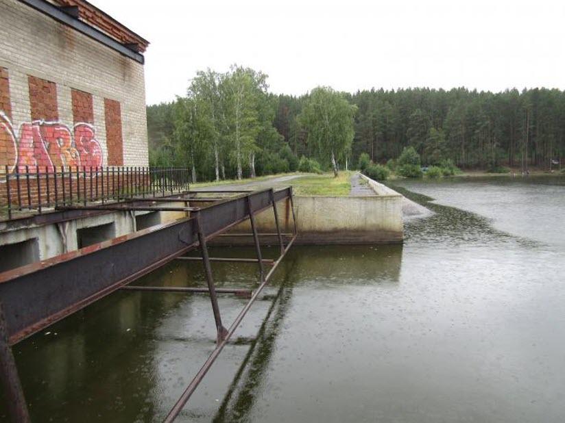 Сысертская плотина